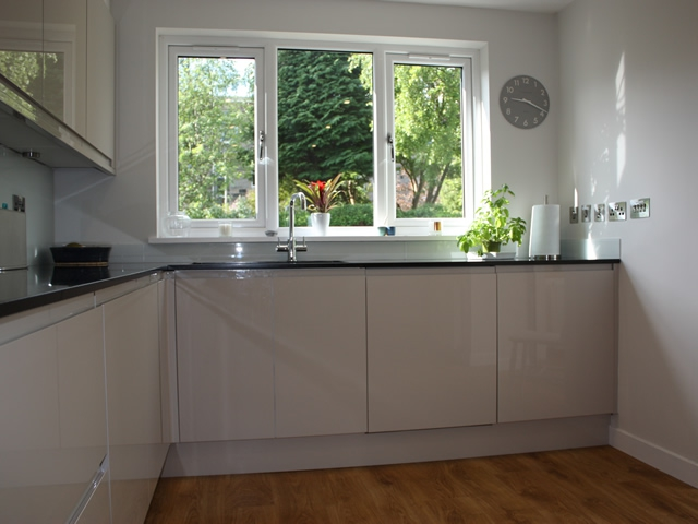 4U Joinery High Gloss Kitchen Installation, Edinburgh